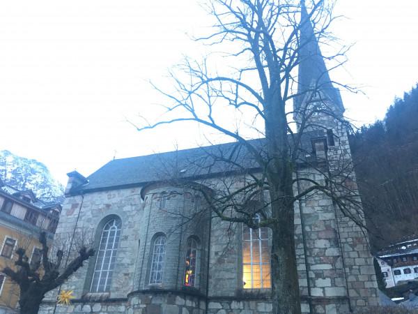 小鎮上的教堂。